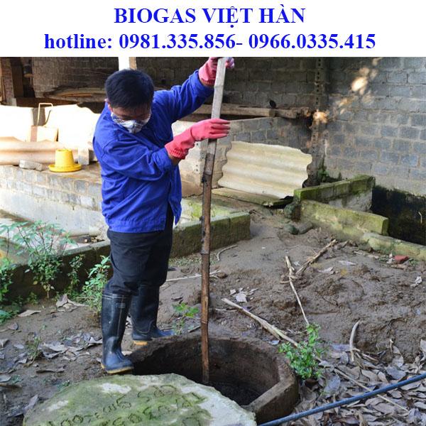 Cách phá váng  hầm biogas đơn giản và hiệu quả nhất?